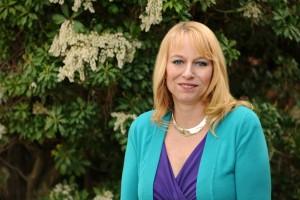 Beverly Stewart, Founder