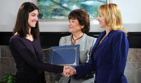 Graduation handshake, BTB